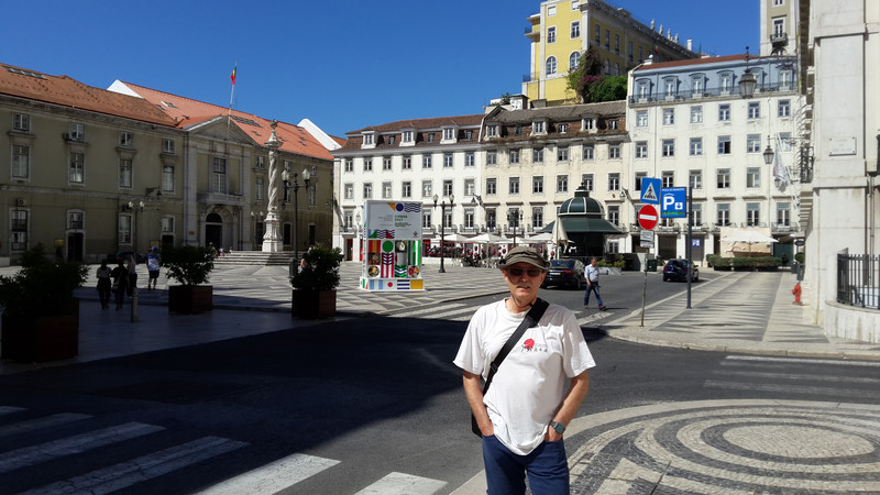 20170727 110408 Lisszabon Praca do Municipio