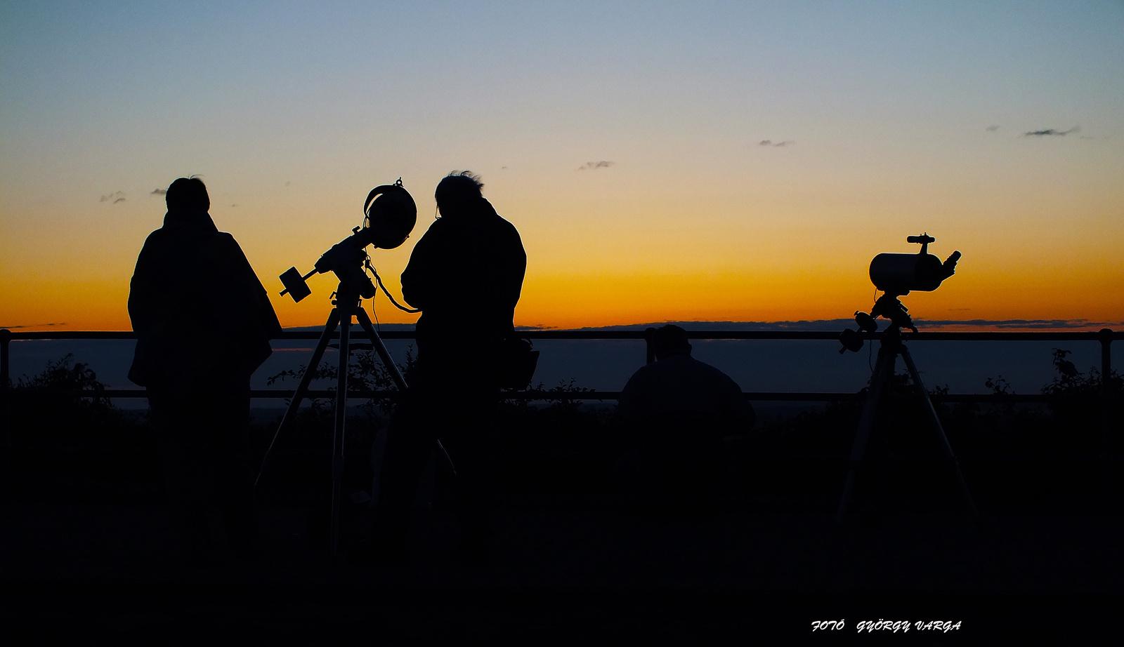 Varga György Napvadász: Napfelkeltére várva