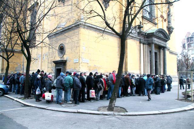 Hajléktalanok megvendégelése 2013. február 8. Hegyi Gyula képei