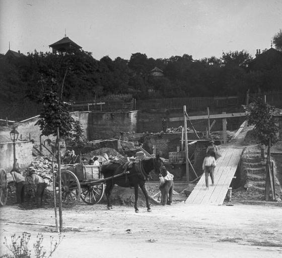 Építkezés 1913-ban