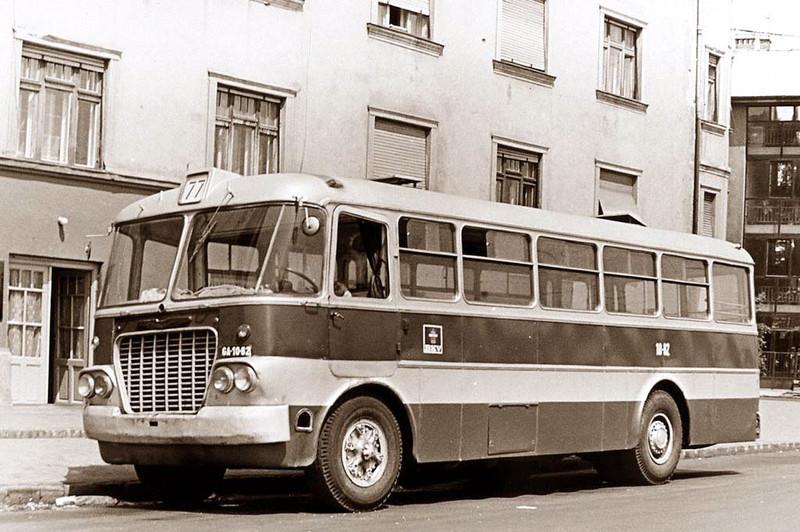 77-es busz