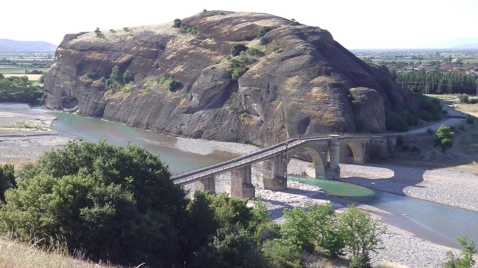 Sakanina/régi római híd/