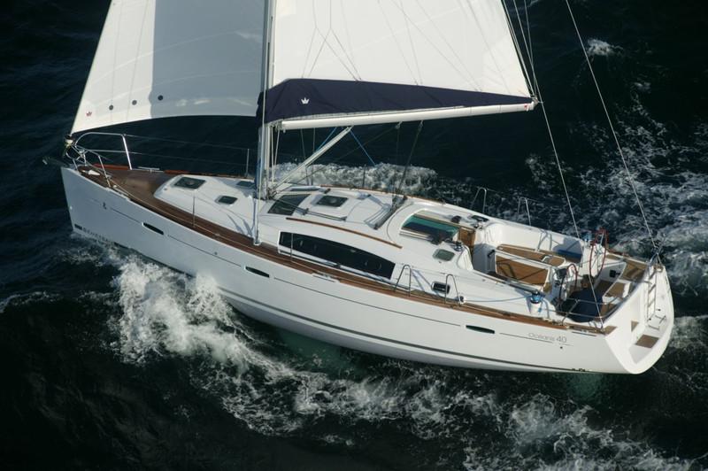 Beneteau-Oceanis-40jpg