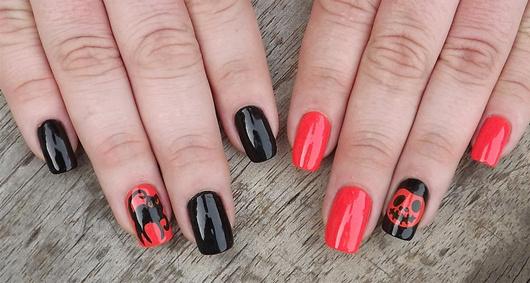 The Strange: nails15