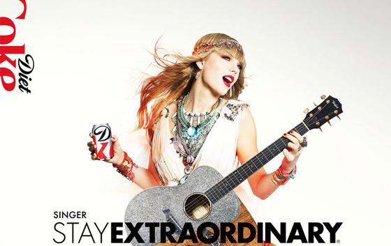 The Strange: Taylor-Swift-Zach-Gold-Diet-Coke-01 - indafoto.hu