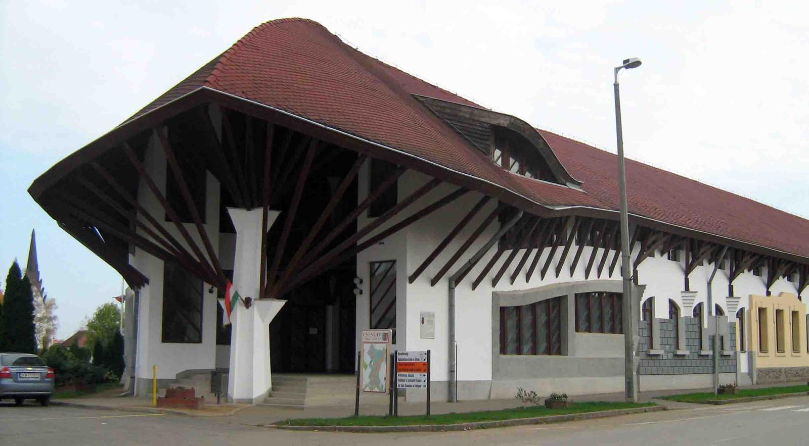 Csenger - Művelődési központ