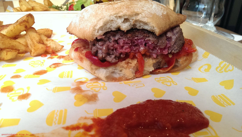 BurgerAndLove008