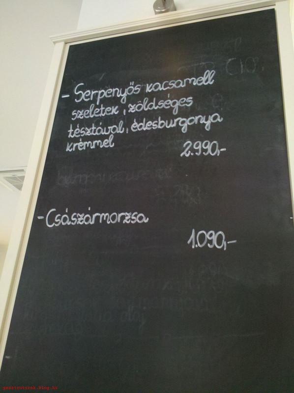 Kistucsok201303