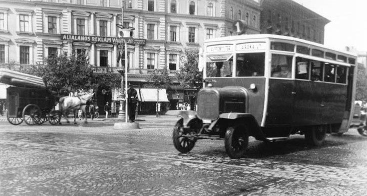 fovarosi.blog.hu: Busz1-1925-Oktogon