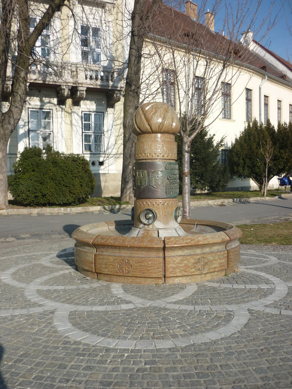 fovarosi.blog.hu: 1973-KutAVarban-20120304-05