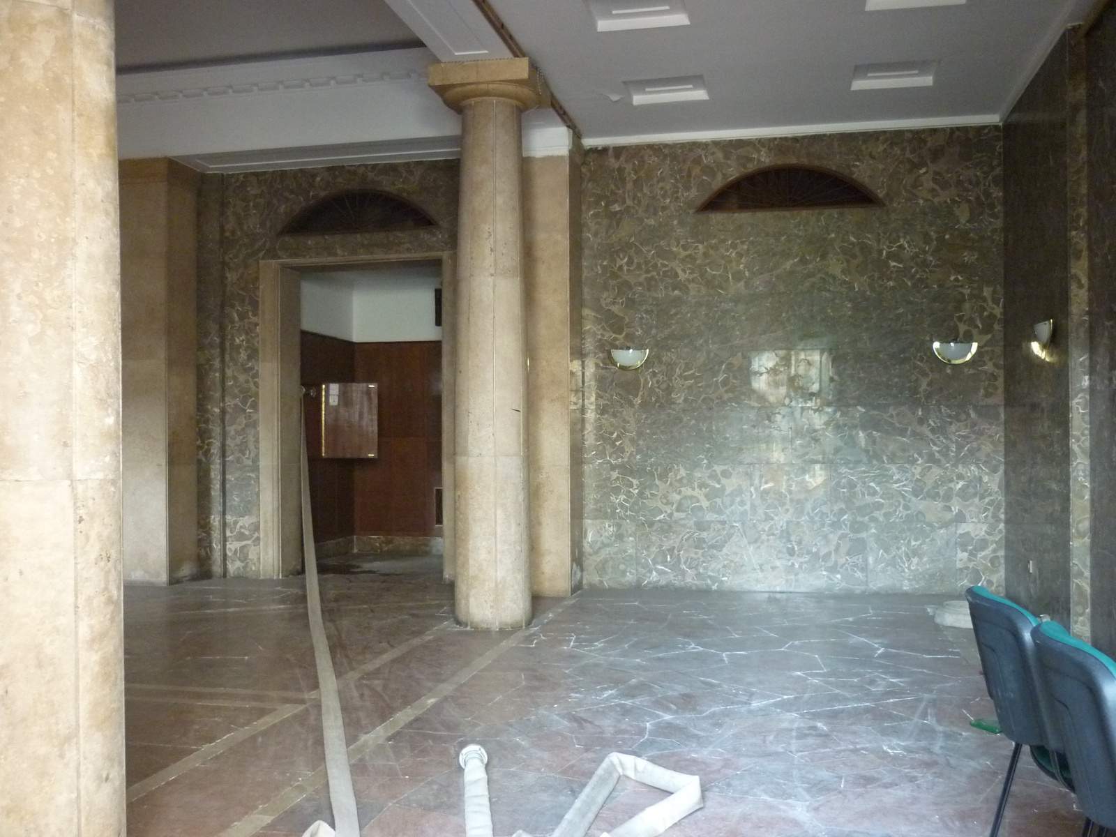 Nepstadion-20110917-19