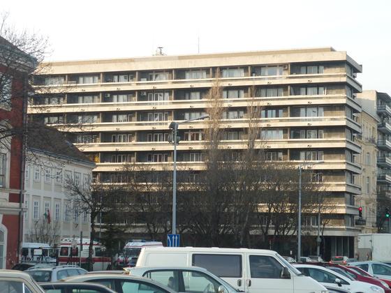fovarosi.blog.hu: CsaloganyUtcaiHaz-20120304-01 - indafoto.hu