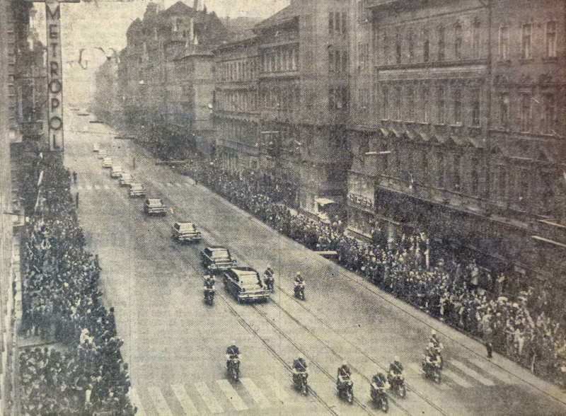 fovarosi.blog.hu: RakocziUt-19640331-HruscsovLatogatasa-Nepszabadsag - indafoto.hu