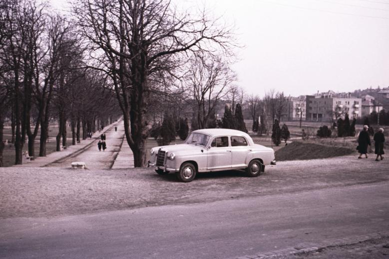 fovarosi.blog.hu: GesztenyesKert-1960asEvek-Fortepan.hu-20518 - indafoto.hu