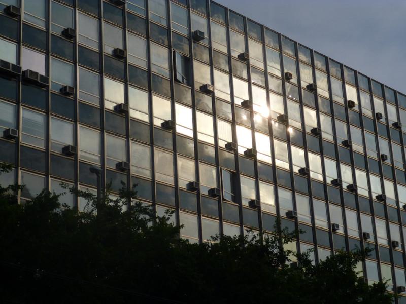 Irodaház bontás a Margit körúton: lehetett volna hosszabb is