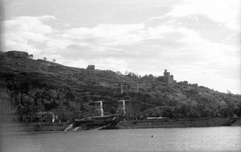fovarosi.blog.hu: GellertHegy-1945Korul-fortepan.hu-73301 - indafoto.hu