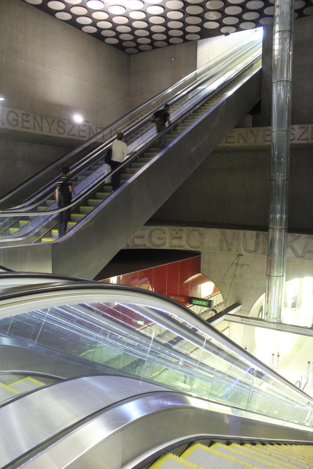 fovarosi.blog.hu: Metro4-RakocziTer-20150605-07 - indafoto.hu