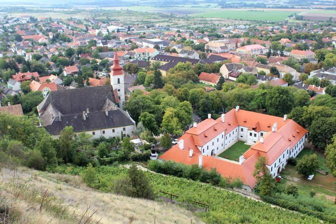 fovarosi.blog.hu: 20150919-12-FerencesTemplom-Rendhaz-PuspokiPalota-670 - indafoto.hu