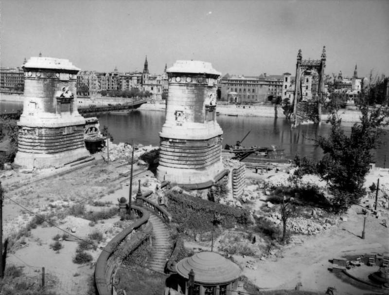 fovarosi.blog.hu: ErzsebetHid-1946-fortepan.hu-105829 - indafoto.hu