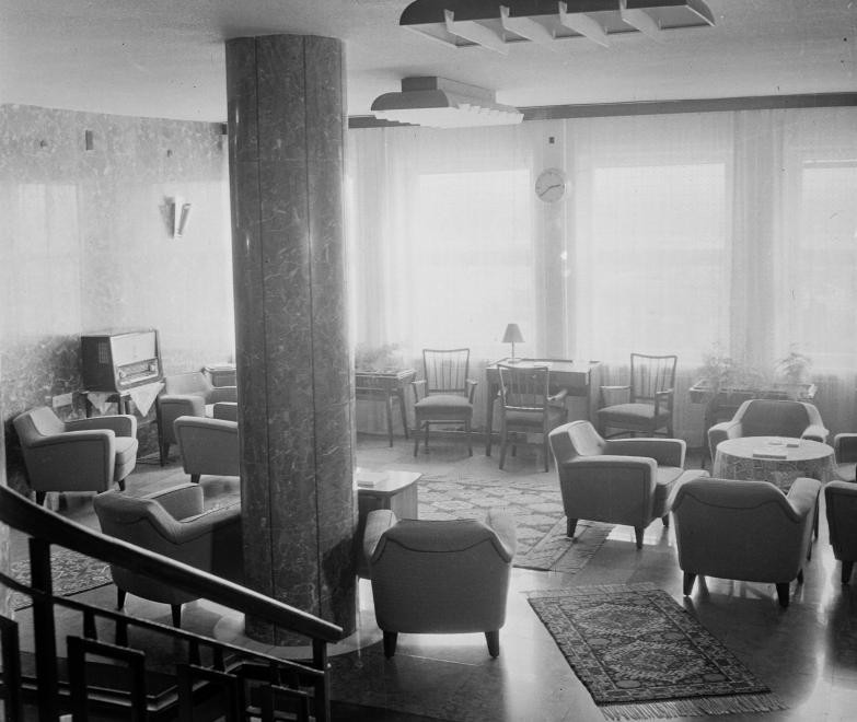 Ferihegy1-1966-Tranzit-fortepan.hu-111650