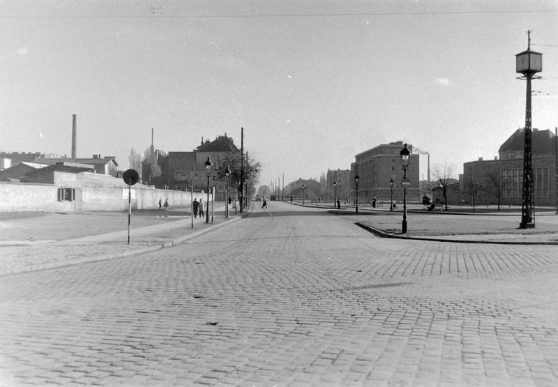 ArpadHidMetroallomas-1950esEvek-fortepan.hu-9211