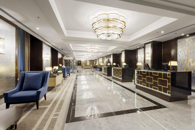 Hilton-BudaiVar-2017-Recepcio-Uj