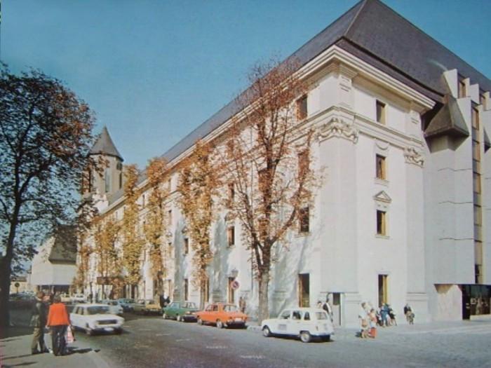 Hilton-BudaiVar-1970esEvek