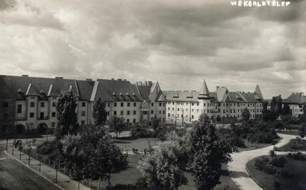 KosKarolyTer-1923Korul-fortepan.hu-128996
