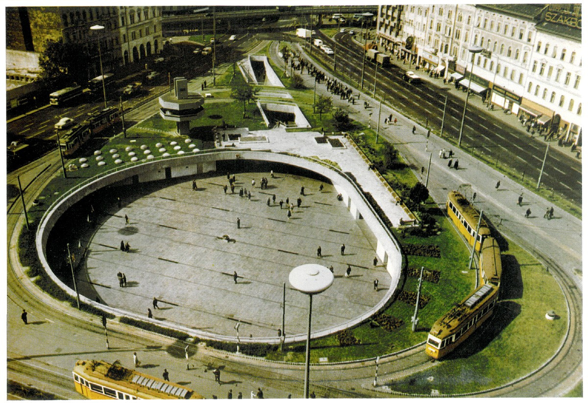 BarossTer-1972Korul-Aluljaro