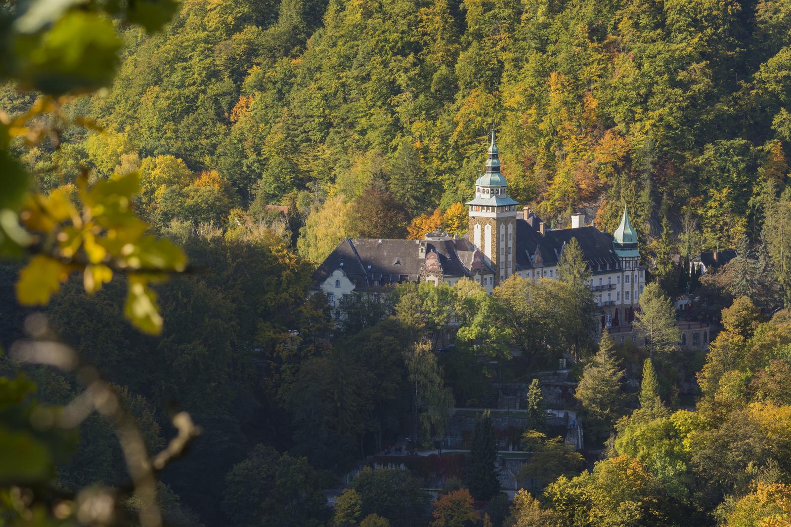 A Palotaszálló ősszel