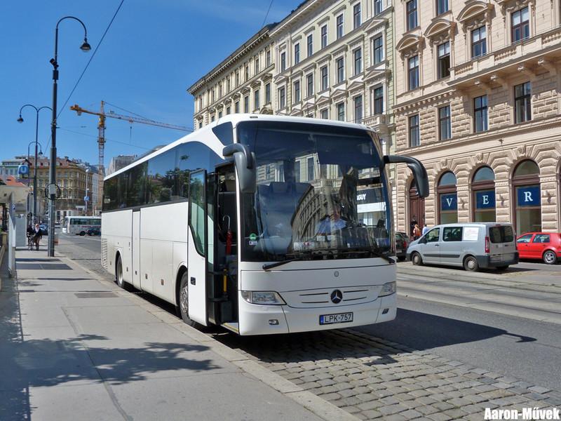 Bécsi kolbászolás (7)