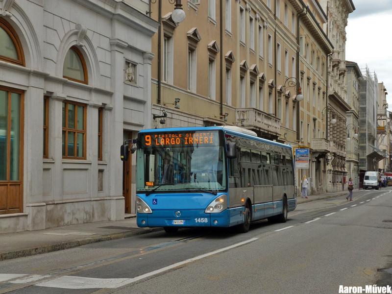 Olasz életképek III - Trieste (9)