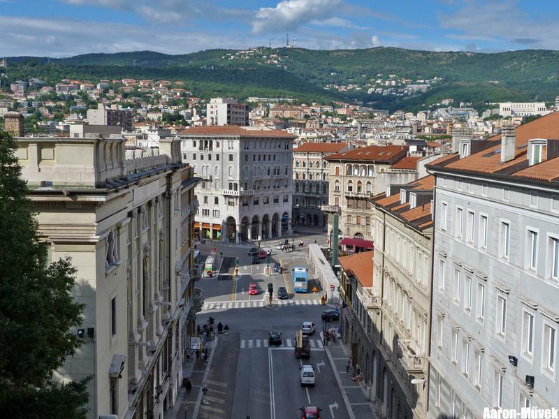 Olasz életképek III - Trieste (16)