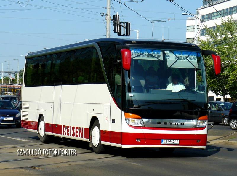 P1430983