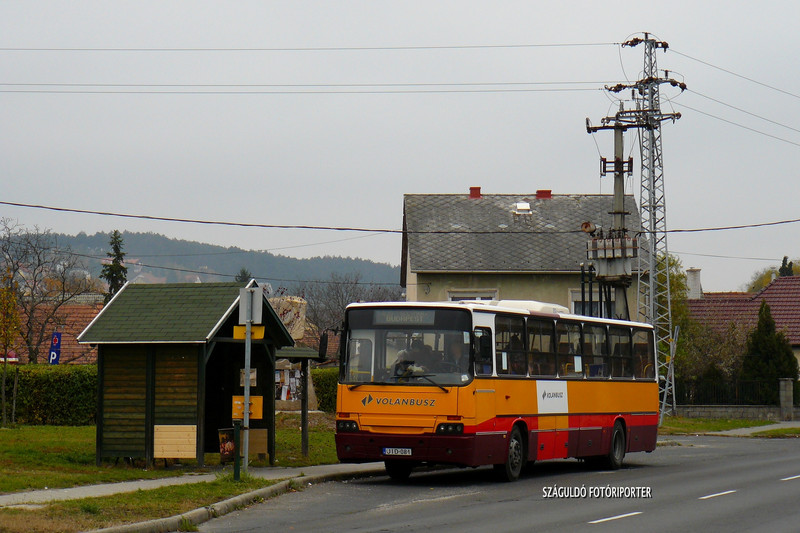 P1580411
