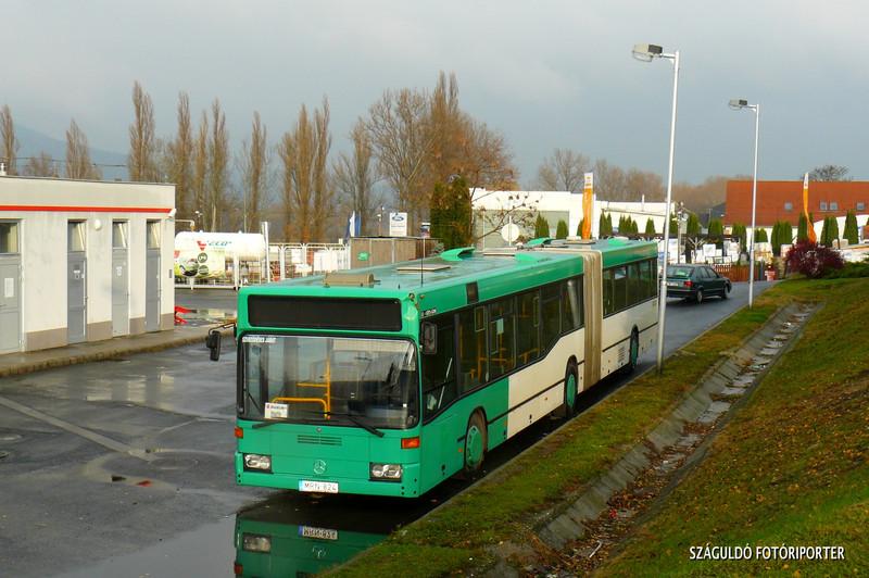 P1580487