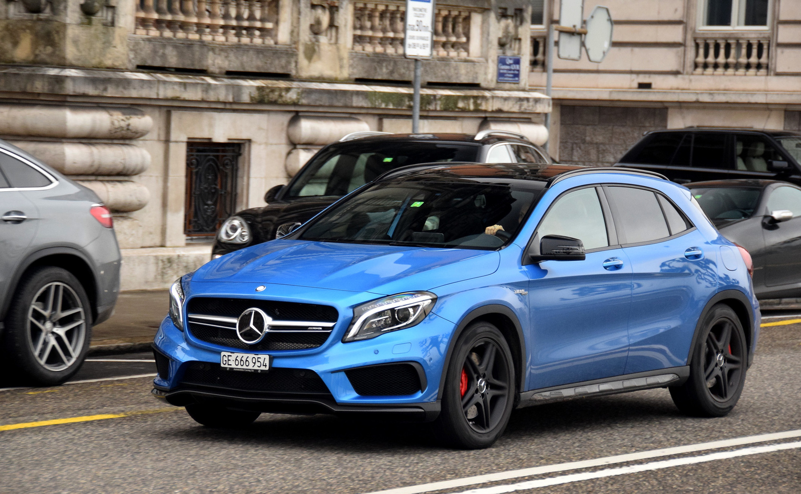 Mercedes-AMG GLA 45