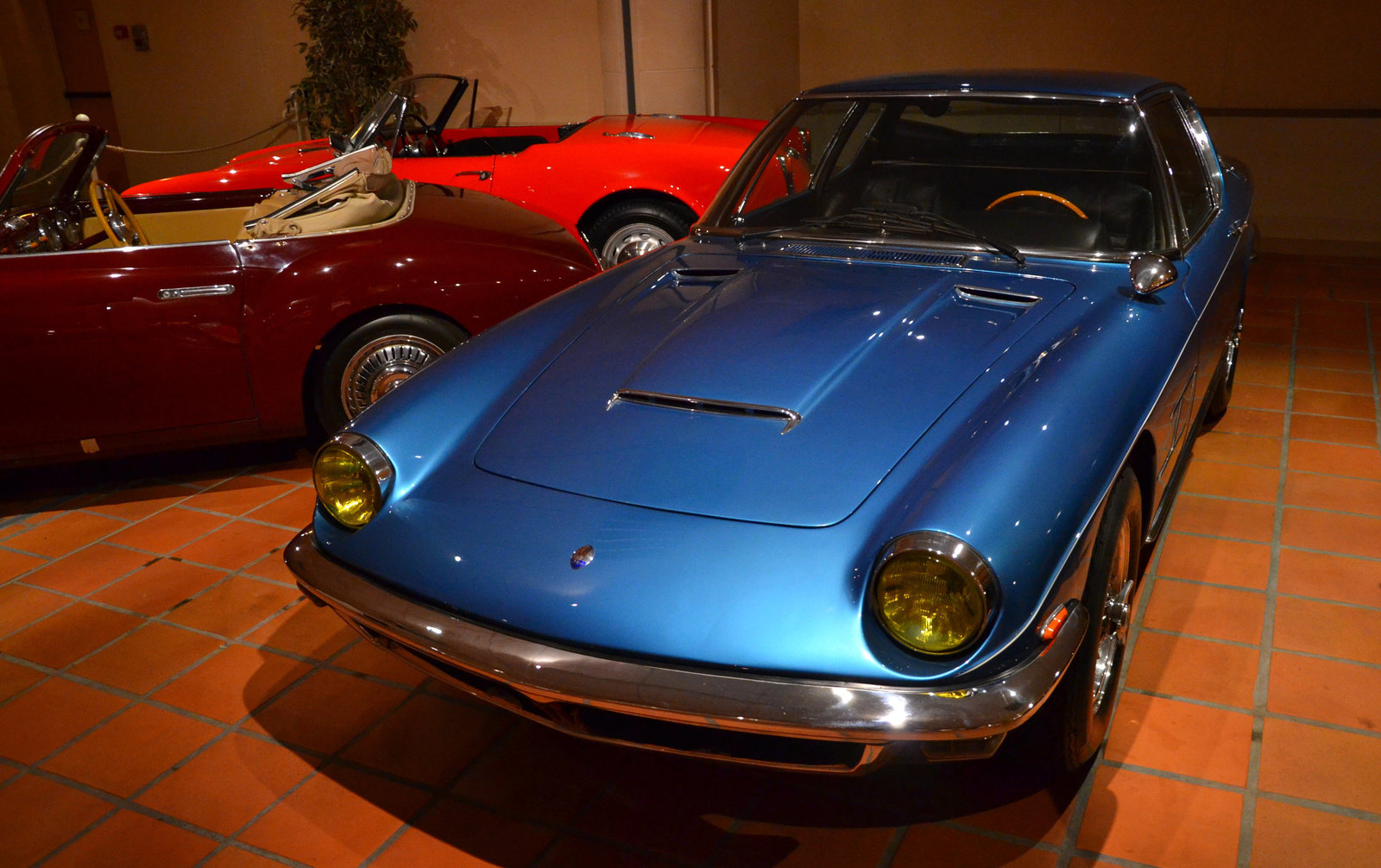 Maserati Mistral 4