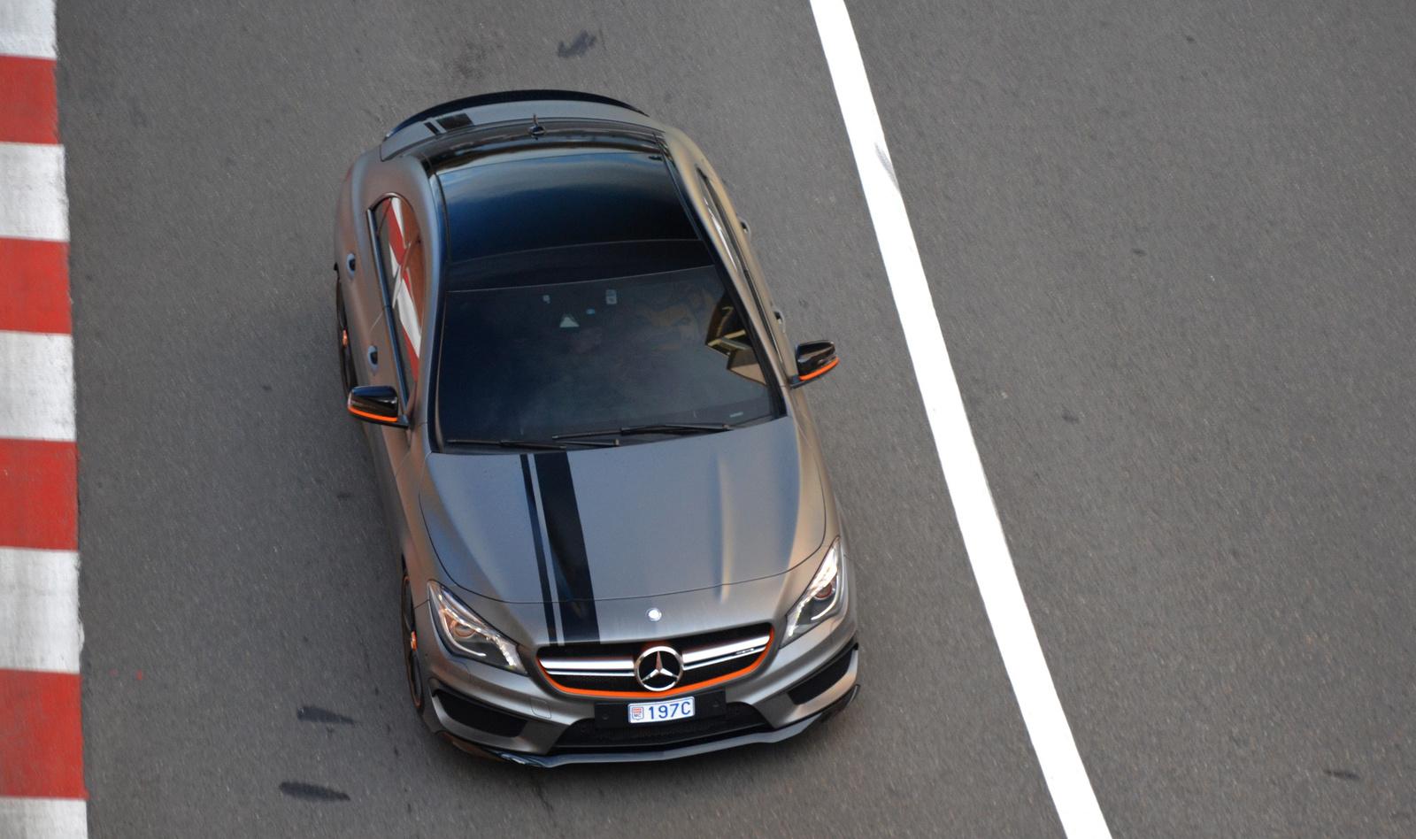 Mercedes-Benz CLA 45 AMG OrangeArt Edition