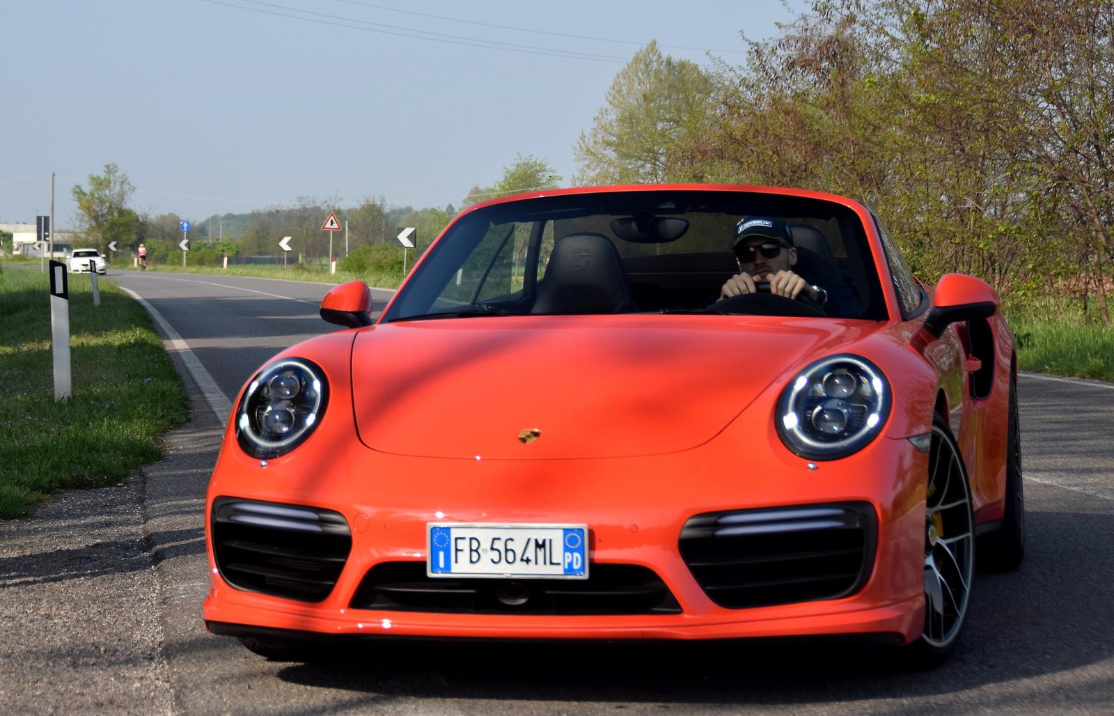 Porsche 911 Turbo S Cabriolet (991) MkII