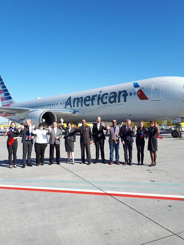 Közös köszöntés a Budapest Airport, a Philadelphiai repülőtér, és az American Airlines képviselőivel együtt