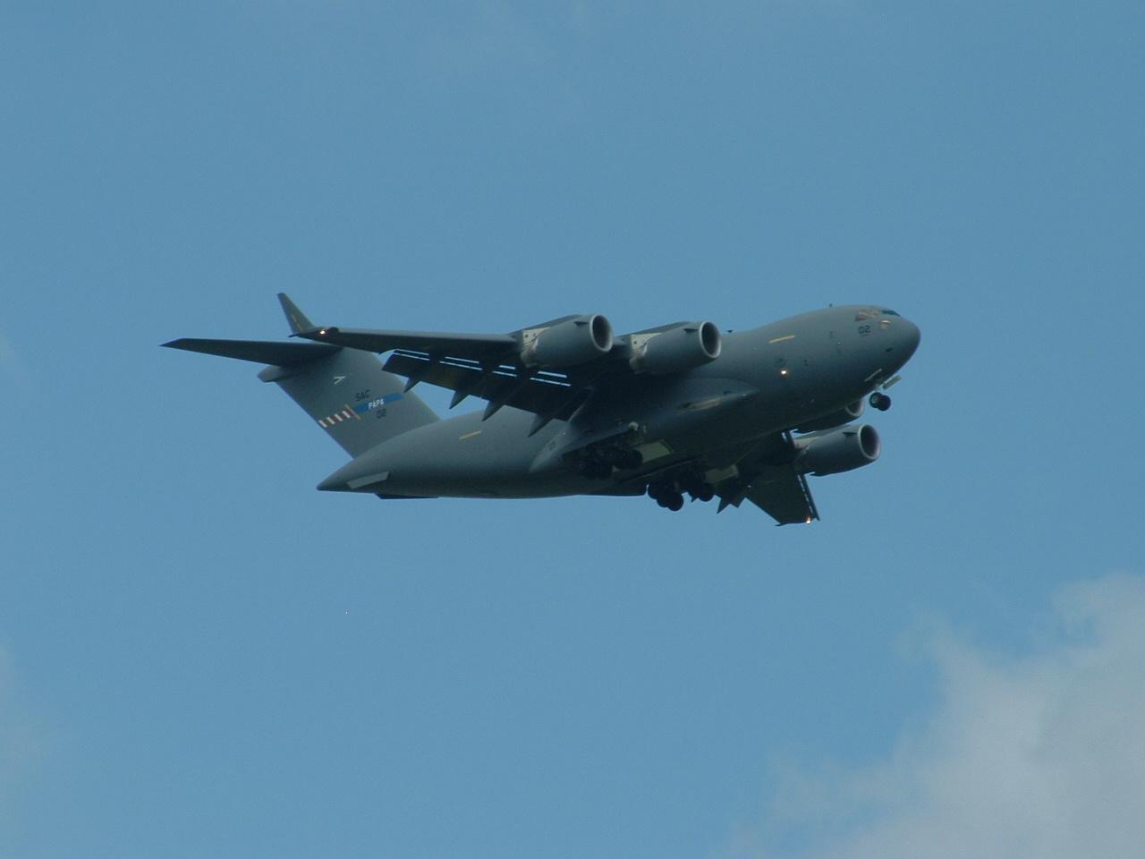rosszfem: Boeing C-17