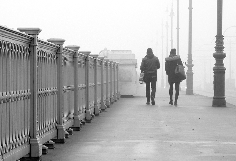 Ködön át