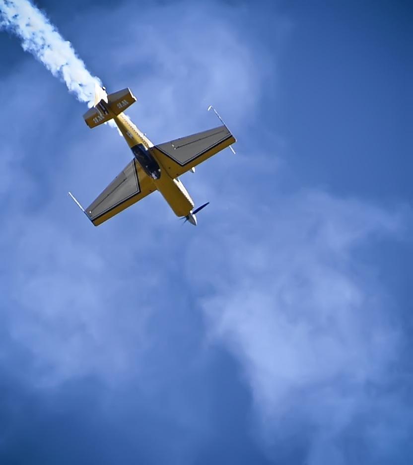 balmos: Repülő
