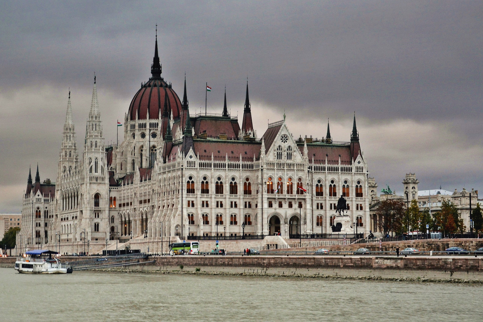 Országház