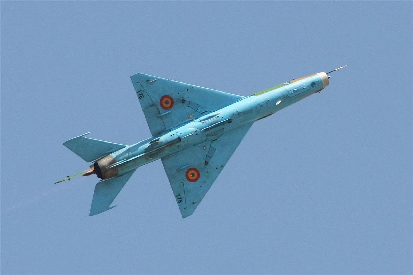sanyikám: Kecskemét repülőnap 2013 - MIG-21 Lancer Románia