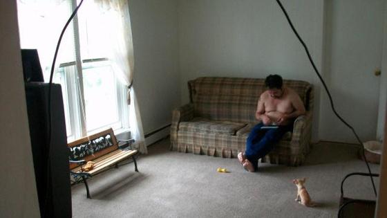 pucér bácsi mit csinál a kutyával