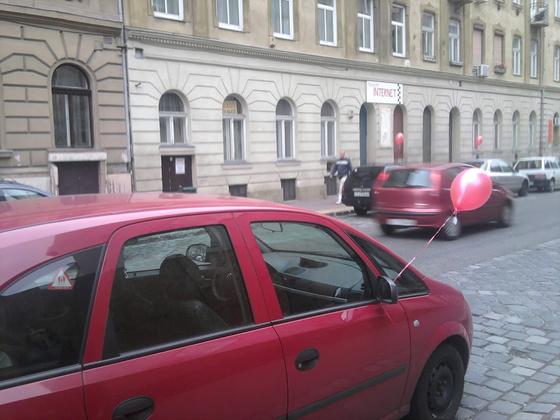 Lufis autók - fotó: Paja