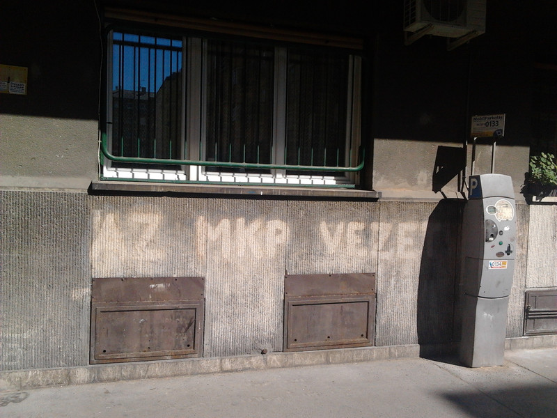 Fwd: Az MKP vezet a Hegedűs Gyula utcában