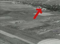 ~dá~: Hangár az 1936-os úti filmből
